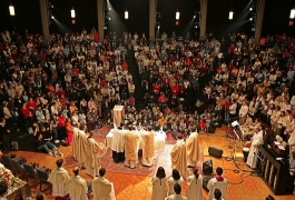 L'Eucharistie du dimanche (© J.-C. Gadmer)